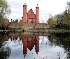 Fortress and church in one - seen at Brochow (roomman) Tags: 2017 poland sochaczew brochow countryside nature landscape brick bricks building river lake church fortress odl medieval age tower towers holy art architecture old nordic north pond water reflection mirror wall walls forest tree trees kampinoski kampinos national park boundary flora calm nice history bistoric