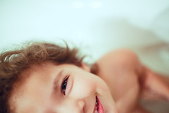 Bath time 118/365 (rafiq s) Tags: lana smile southafrica bath toddler child daughter laugh bathtime za johannesburg gauteng jozi project365