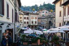 DSC_1361.jpg (saverio.dambrosio) Tags: piazza anghiari fiera palazzi tendoni