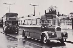 Vines Luxury Coaches Ltd of Bromley. Dennis Falcon. Colchester Bus Station. (ManOfYorkshire) Tags: bus buses station private vines falcon dennis regent colchester coaches gardener aldershot aec strachans aldershotanddistrict lou71