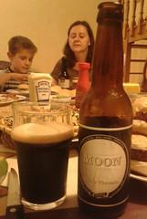 Moon Three Threads. (pep_tf) Tags: cervesaartesana cervesa cervesescatalanes cervesacatalana craftbeer beer cervesaartesanal cervesesartesanes homebrewing artesana homegrewing artesanal cerveza birra bier cerveses catalanes catalana artesanes homebrew pivo birrë bière beoir