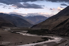 Nubra Valley (Motographer) Tags: sunset mountains river 50mm twilight nikon valley d200 himalayas jk confluence ladakh nubra shyok nikkoraf50mmf18d motographer khalsar fotografikartz motograffer