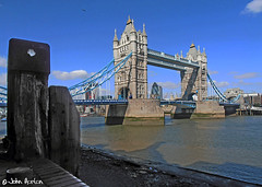 Tower Bridge at low tide (Row 17) Tags: city uk greatbritain bridge england urban london thames cityscape unitedkingdom victorian bridges engineering gb riverthames touristattraction thamesvalley