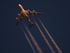 HL7615_1_1200_103014 (Sergey Kustov) Tags: sunset sunlight night airplane contrail dusk aircraf