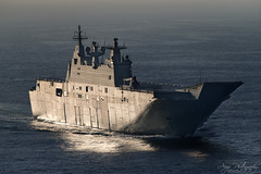 NUSHIP Canberra (Crouchy69) Tags: dock ship aircraft navy sydney australian royal australia landing helicopter canberra naval carrier warship lhd hmas nuship