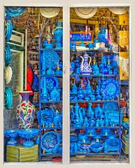 Vitrine bleue (GilDays) Tags: blue shop turkey store nikon asia magasin commerce bleu turquie antalya boutique asie shopwindow ville vitrine urbain d810 nikond810