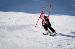 Laurent, le vétéran de la station (La Pom ) Tags: combloux flêche compétition descente géant moniteur ouvreur porte piste stade rodhos ski