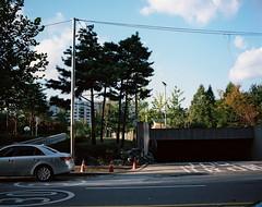 ... (june1777) Tags: snap street seoul pentax 67 smc takumar 75mm f45 kodak portra 160