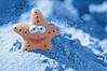 Frozen Star (Pztryk) Tags: toy sand star blue orange zabawka piasek niebieski