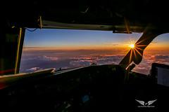 Boeing 737NG cockpit sunset (gc232) Tags: samyang 20mm f18 rokinon sunstars sunstar sun stars 14point wide angle live from flight deck livefromtheflightdeck golfcharlie232 lftfd sunset sunrise clouds fly orange sky cockpit boeing b737 b737ng b737800 737 737ng 737700 737800 boeing737 flying travel aviation plane avgeek aircraft jet