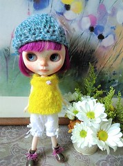 blythe knitting top bloomers (ripple_tina) Tags: rippletina crochet beret hat knit top yellow lace blythe