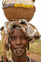 Nice Smile, Mursi tribe (Rod Waddington) Tags: africa african afrika afrique äthiopien ethiopia ethiopian ethnic etiopia ethnicity ethiopie etiopian omo omovalley outdoor smile lipplate beads woman mursi tribe traditional tribal portrait people