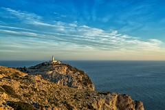 Mallorca | Cap Formentor 4 (Wolfgang Staudt) Tags: capdeformentor mallorca balearen spanien insel baleareninsel aussicht aussichtspunkte miradordescolomer abgelegen attraktion felsen bergig sonnenaufgang morgenrot rheinlandpfalz deutschland de