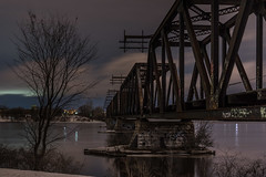 Prince of Wales Bridge : March 8, 2017 (jpeltzer) Tags: ottawa ottawariver night princeofwalesbridge sirjohnamacdonaldwintertrail xcskiing