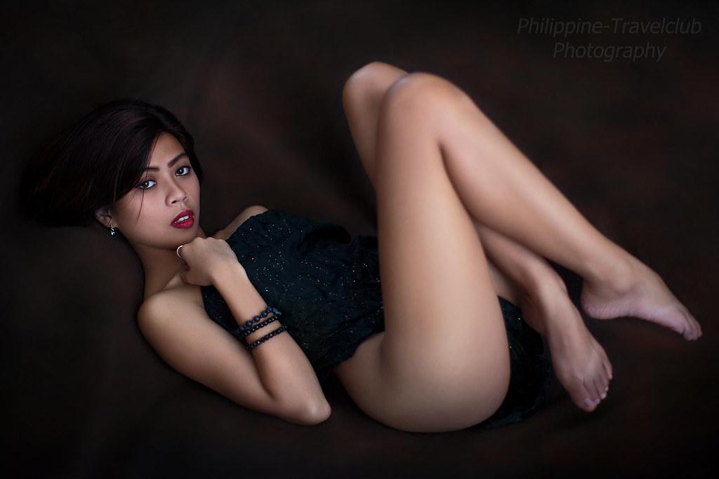 sensual pinay student escort