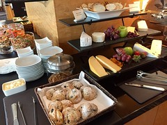 Pan Pacific Vancouver Lounge Level Appetizers (Nancy D. Brown) Tags: panpacificvancouver vancouver canada hotel hotellounge clublounge