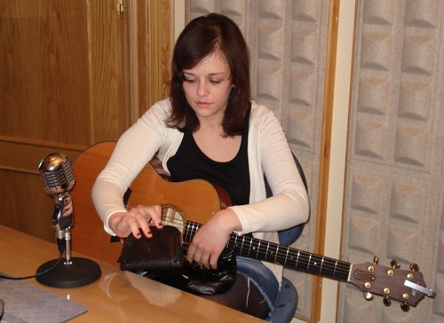 Olivia de Happyland  en los estudios Rockola.fm
