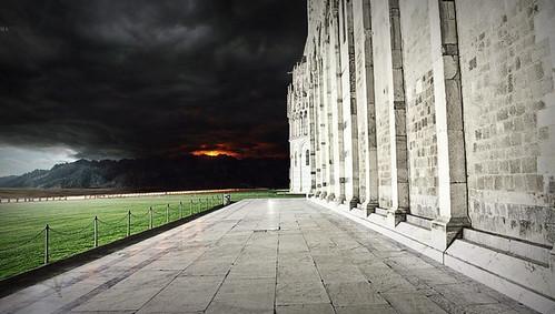 Mordor - visto dalla Cittadella di Minas Tirith / Mordor - seen from the Citadel of Minas Tirith