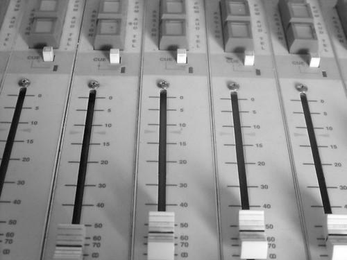 rocky radio, 83