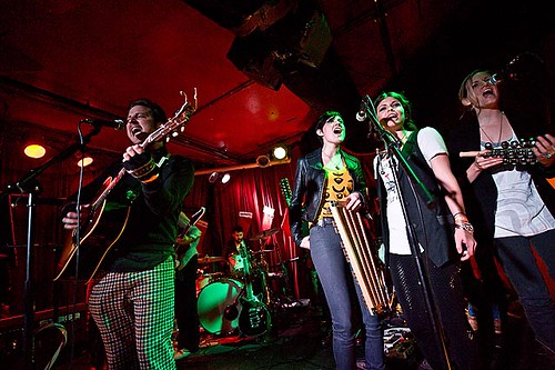 2009-12-04: Jeremy Lister, Will Sayles, Butterfly Boucher, Erin McCarley, Katie Herzig   Ten Out of Tenn @ Chop Suey, Seattle, WA