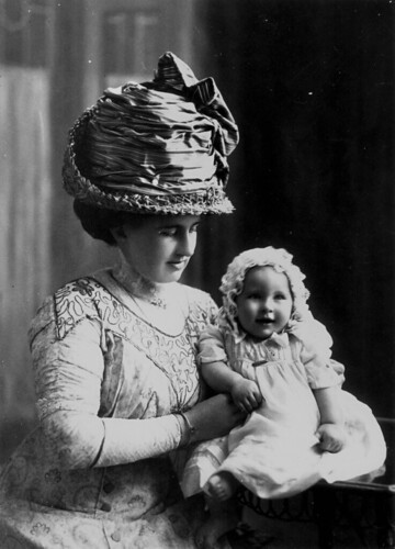 Portrait of Mrs. Gertrude Steindl and baby, ca.1900