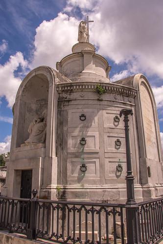 Italian Benevolent Society Tomb