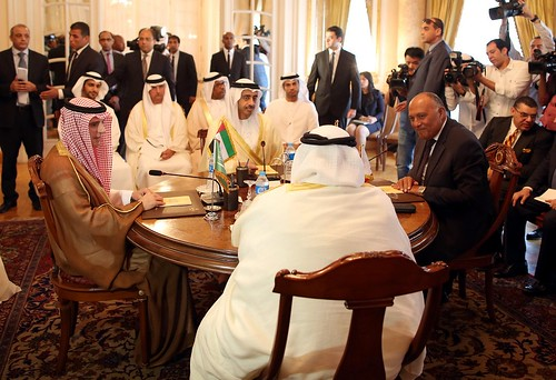 @DonJohnstonLC : AJEnglish: Foreign Ministers from Saudi Arabia, UAE, Bahrain & Egypt are meeting in Cairo to discuss Qatar. Qs 👇 #… https://t.co/LpRaPAl49q