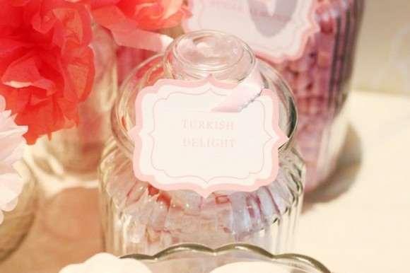 pink-candy-jar-labels-candy-buffet-wedding-580x386
