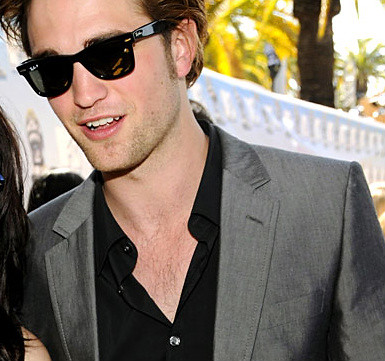 RPatz in RayBans WOW