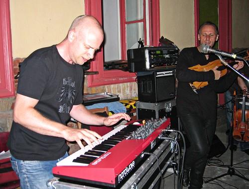 Zoltan Lantos Live Act (Fogashaz, Budapest, Aug 2010) - #19