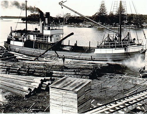 'Allenwood' loading timber at Laurieton