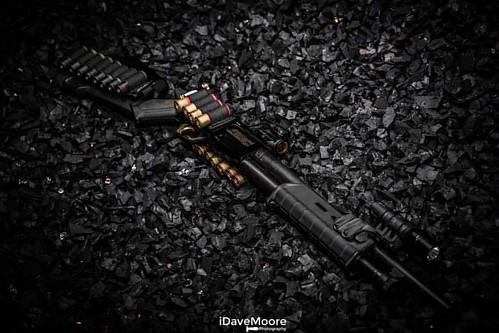 G A U G E D   O U T Mossberg 500 equipped with the @browncoattactical shell carriers! #mossberg500 #mossberg #shotgun #shotty #12gauge #browncoattactical #pumpaction #magpul #sga #gunporn #gunsdaily #gunsofinstagram #igguns #idavemoore #idavemoorephotogra