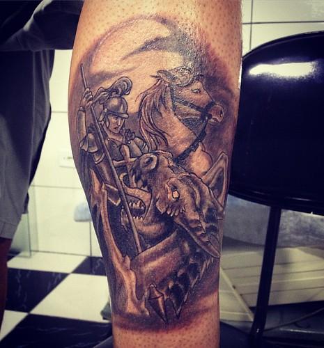 Tattoo do Junior #saojorge #tattoo #tatuagem #tatuaria #tatuarte #ink #inked #blackandwhite #blackandgrey #instalike #instagram #instasize #instaart #instaday #instagood #xaxa