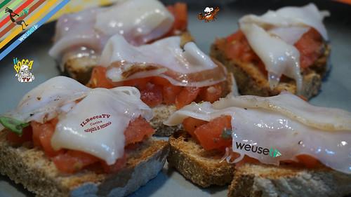 399 - Crostini con tartare di pomodoro e lardo di colonnata...la toscana va assaggiata!