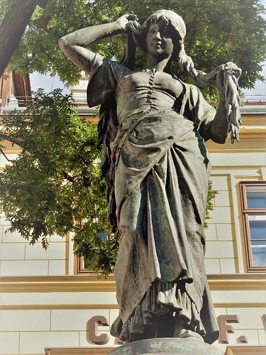 Wien, 4. Bezirk (l'art des places publiques de Vienne), the fountain of Engel, el pozo de Engel, il pozzo di Engel, le puits d'Engel (Wiedner Hauptstraße/Schaumburgergasse)