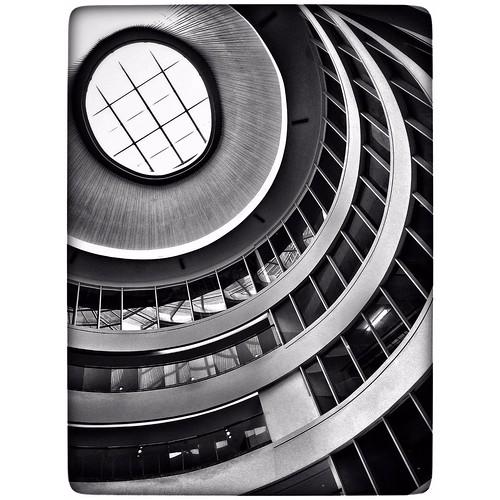 0(zero)  #zero #zerosumgame #perspective #architecture #blackandwhite #blackandwhitephoto #bnw