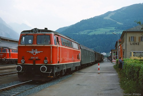 AUSTRIAN FEDERAL RAILWAY(OBB) 2043.47 STOPS AT THE STATION WITH AN EB TRAIN - LIENZ, AUSTRIA - AUGUST 1978