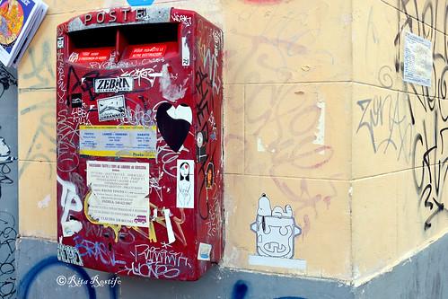 Roma. Trastevere. Sticker-poster art by Obey, Zoto, The underdog urbanned, Heart Craft, C_ska, Flex Lori, Valda