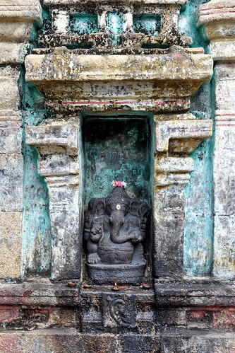 India - Tamil Nadu - Kumbakonam - Arulmigu Someaswara Swamy Temple - Ganesha - 72