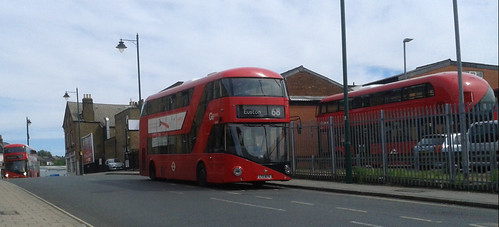 Go-Ahead London Central LT676 LTZ1676 | 68