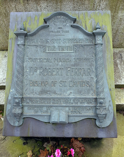 Memorial Plaque, Nott Square, Carmarthen 25 September 2017