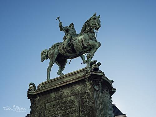 Statue of Karl IX.