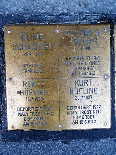 Wien, 2. Bezirk (the art of public places in the suburbs not so far away from downtown Vienna) - Franz-Hochedlinger-Gasse
