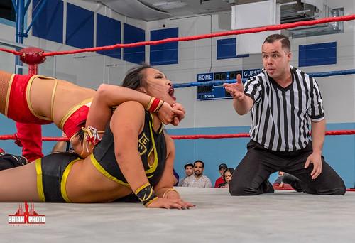 Santana Garrett vs Karen Q-28