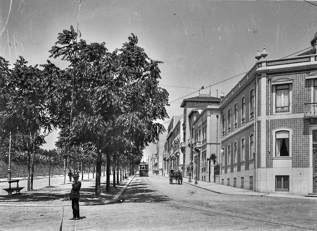 Avenida António Augusto de Aguiar, Lisboa, [1909]. Joshua Benoliel in Arquivo Fotográfico da C.M.L..