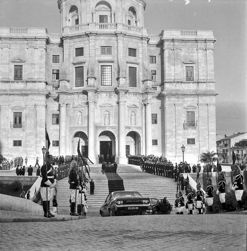 Inauguração do Pan Web Summit na igreja de Santa Engrácia, Lisboa (Garcia Nunes, 1966)