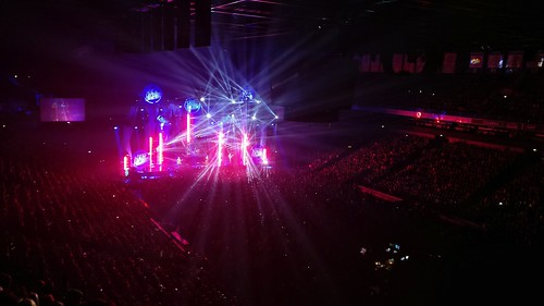 Haloo Helsinki! @ Hartwall Arena, Helsinki, Dec 2nd 2017. #haloohelsinki #keikka #gig #live #konsertti #kiertue #tour #oneplus3t #helsinki #visithelsinki #hartwallarena @haloohelsinki_official