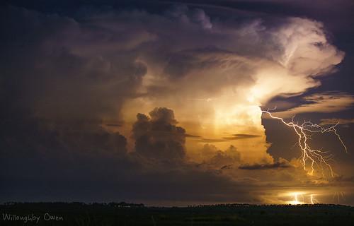 Lightning dreaming