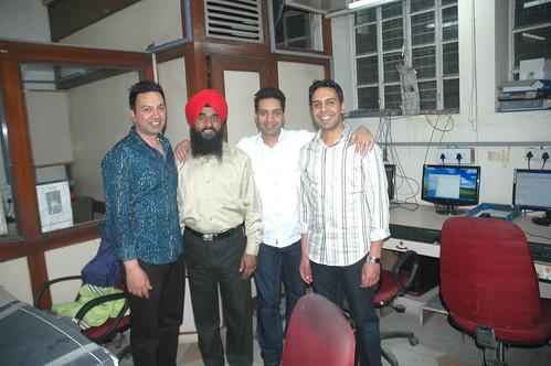 inderjeet singh artist with Manmohan Waris , KAmal heer , Sangtar