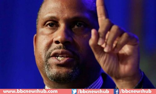 Over Sexual Misconduct Allegations Tavis Smiley Suspended By PBS As He Denies